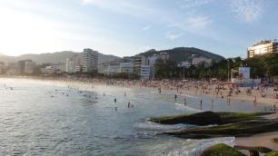 La plage d'Ipanema, très animée le weekend