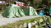 Nos tentes sont presque prêtes!