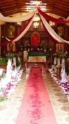 L'intérieur de l'église, après la sortie de la croix