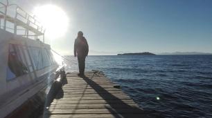 On reste au soleil pour se réchauffer avant d'embarquer!